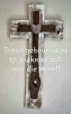 Sak voor die Here Uplifting Christian Quotes, Teach Me To Pray, I Love You God, Afrikaanse Quotes, Bible Qoutes, Living Water, Special Words, Prayer Book, Light Of The World