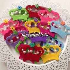 felt crown magnets