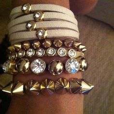 Pulseirismo. Spikes bracelets