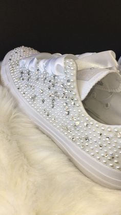 All Star Mono Converse With Pearls Diamonds & White Ribbon Laces Bridesmaid Flip Flops, Converse Wedding Shoes, Wedding Sneakers, Blue Wedding Shoes, Bling Converse, Bedazzled Shoes, Bling Shoes, Pearl Shoes, Womens Fashion