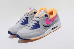 nike air max light size exclusive