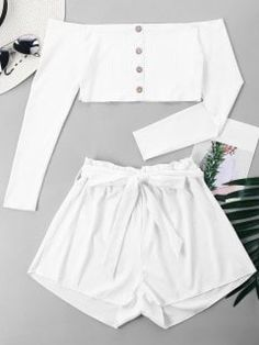 White Button Solid Flat Elastic Mid Off Regular Casual and Going Ribbed Crop Top and Wide Leg Shorts Girls Fashion Clothes, Teen Fashion Outfits, Outfits For Teens, Girl Fashion, Summer Outfits, Trendy Fashion, Cute Girl Outfits, Cute Casual Outfits, Ribbed Crop Top