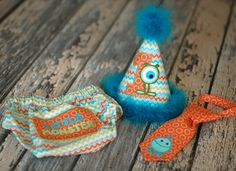Monster Boys Birthday Party Hat, Diaper Cover, Tie - First Birthday, Smash Cake Pics, Photo Prop - Little Monster Orange, Teal, Lime. $60.00, via Etsy. Ohhhh myyyyy! Tavy needs this.
