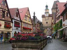 "Rothenburg ob der Tauber - Jumping off point to ""Romantic Road"" --> Dinkelsbühl and Nördlingen to follow."