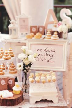 Beautiful and sweet wedding corner | This is amazing! Head over to Rabbit