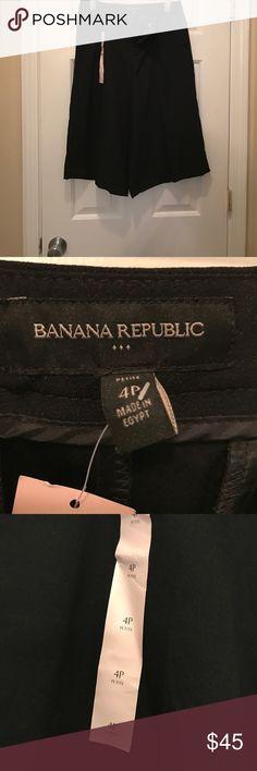 Dressy Capri Pants New, never been worn black dressy Capri pants Pants Capris