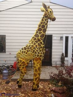 Giraffe - Halloween Costume Contest via @costume_works