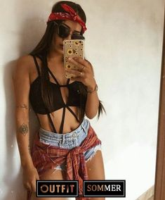 12 jan 2020 - Copy hard summer Festival Outfit Outfits Page Teenager 52 Teenager Outfits To Copy Right Now - Page 3 of 5 52 Teenager Outfits To Copy Right Now - Page 3 of 5 - Stylish Bunny # Festival Looks, Rave Festival, Festival Wear, Festival Fashion, Rave Outfits, Edgy Outfits, Summer Outfits, Teenager Outfits, First Date Outfits