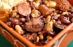 Portuguese Beans with Chouriço (Feijoada) Recipe Portuguese Recipes, Spanish Recipes, Spanish Food, Chorizo, Most Popular Recipes, Favorite Recipes, Learn Portuguese, Portuguese Food, Seafood