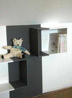 fixer des tag res caisses de vin au mur caisse vin pinterest caisses de vin caisse. Black Bedroom Furniture Sets. Home Design Ideas