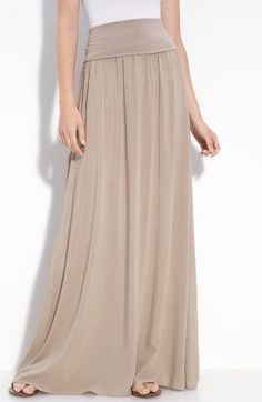 maxi - this looks like it would be perfect for those mornings you have to go to work but want to be super comfortable all day!