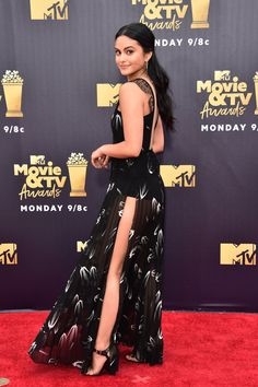 Camila Mendes Photos - Actor Camila Mendes attends the 2018 MTV Movie And TV Awards at Barker Hangar on June 2018 in Santa Monica, California. - 2018 MTV Movie And TV Awards - Arrivals Red Carpet Hair, Red Carpet Dresses, Camila Mendes Style, Camila Mendes Veronica Lodge, Camila Mendes Riverdale, Camilla Mendes, Mtv Movie Awards, Tv Awards, Dresses For Teens