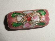 4 Painted Pink Metal Tube Beads http://www.etsy.com/treasury/MjcxMTUwMjh8MjcyMzk2NTIyNA/think-green-random-bns-round-24-sales?page=4#commentsFlower Design by OrzoValentine,