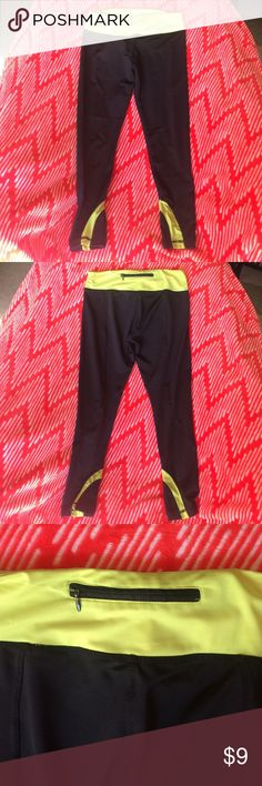 Yoga pants Capri length, used but still in great condition. Not actually Nike. Will Bundle for less Nike Pants Leggings