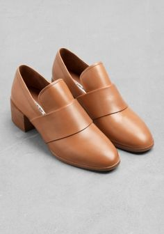 & Other Stories | Low-Heel Leather Loafers | Light Brown