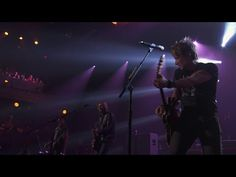 keith urban ♥ - iTunes festival 2014 (Full Show) [HD] - youtube; pretty good show overall (compared to his 2008 Atlanta DVD, this show is a bit pitchy, sounds like he's off-key quite a bit - maybe he had a cold? or likely he's not getting good playback in his earpiece); 'come back to me' from his 2013 album 'fuse' (love ♥ the chorus) - starts about 27:30 (best live version of it on pinterest I've found thus far) - oct 15/15