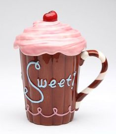 The Covered Cupcake Mug makes a wonderful gift for anyone with a sweet tooth! Ceramic mug is perfect for coffee or tea and includes a lid to keep drinks warm. Cool Mugs, Unique Coffee Mugs, Funny Coffee Mugs, Cute Cups, Sweet Cupcakes, Tea Mugs, Mug Designs, Mug Cup, Coffee Cups