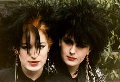 Gothic Fashion and Accessories. 80s Goth, Punk Goth, Punk Fashion, Gothic Fashion, Deathrock Fashion, Romantic Fashion, Dark Siders, Moda Punk, Goth Look
