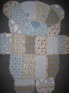 Flannel Teddy bear rag quilt....My daughter has a pink one like this. It's AWESOME