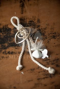 Lovely charm wedding favor - bomboniere