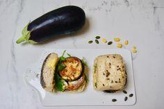 Pain aux aubergines et pesto de maïs Avocado Egg, Pain, Pesto, Eggs, Breakfast, Food, Sunflower Seeds, Eggplants, Morning Coffee