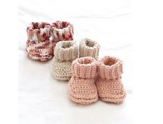 I can still remember that the article relating to the kids shoes and baby booties really got a very massive response. Like people really fell on the range and they were so happy to find out the patterns along with the detailed elaborations and demonstrations. So we conceive it as something that people are really …