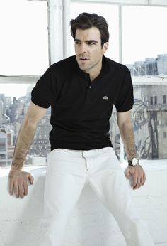 Zachary Quinto, in Classic Black Lacoste Polo Shirt and White Jeans. Camisa Polo, Camisa Lacoste, Lacoste Polo, Zachary Quinto, Zachary Levi, Outfits Hombre, Black Leather Watch, Looks Black, Gentleman Style