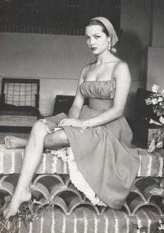 La bellísima Sara Montiel (nacida en 1928)