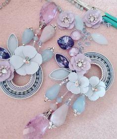 Indian Jewelry Earrings, Funky Jewelry, Soutache Earrings, Bead Jewellery, Beaded Earrings, Jewelry Art, Jewelery, Fashion Jewelry, Diy Jewelry Recycled