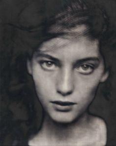 Lucie, Paris 1990© Paolo Roversi