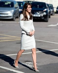 Kate Middleton Looks Pretty in Peplum Suit, Meets With Addicted Prisoners at Rehab Center: Photos