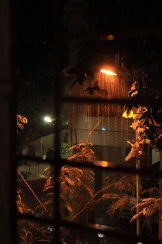 Outside the window on a rainy night. Rainy Window, Night Window, Rainy Day Photography, Window Photography, Night Aesthetic, City Aesthetic, Motion Wallpapers, Aesthetic Wallpapers, Collage Des Photos