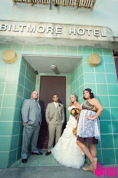 edgy wedding photo from truelovephoto.com