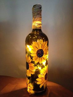 bottle crafts with lights Wine Bottle Gifts/Favors Liquor Bottle Crafts, Wine Bottle Gift, Alcohol Bottles, Diy Bottle, Bottle Art, Crafts With Wine Bottles, Wine Bottle Decorations, Beer Bottle, Wine Decor