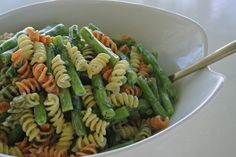 cold pasta salad, pasta salad with poppyseed dressing, easy side dish for BBQ