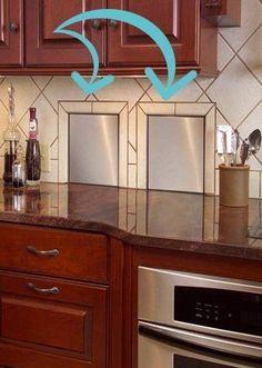 Si la pared de la cocina da a un garaje, se pueden colocar cubos de basura empotrados