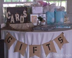 Gift table for the baby shower Baby Shower Table, Baby Shower Parties, Baby Shower Themes, Baby Shower Decorations, Shower Ideas, Signs For Baby Shower, Baby Decor, Wedding Decorations, Bebe Shower