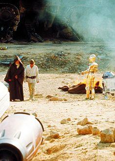 Watch every star wars movie in a row- and own the trilogy Arruda Maresuke Star Wars Love, Star War 3, Star Wars Episode Iv, War Film, War Comics, A New Hope, Love Stars, Sci Fi Movies, Disney Pictures