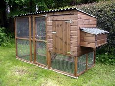 easy build Walk-In Chicken Run Plans | Chicken Coops