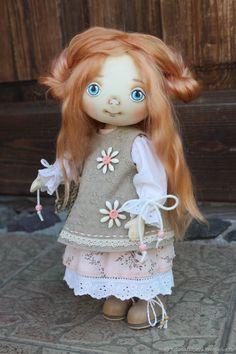Купить Интерьерная текстильная кукла Изабель в интернет магазине на Ярмарке Мастеров