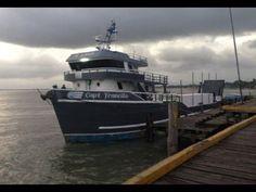Al menos 13 personas han muerto tras hundirse un barco cerca de la costa...