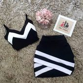 - Cropped - Ideas of Cropped - Boutique Thais Pinheiro. Girls Fashion Clothes, Teen Fashion Outfits, Swag Outfits, Mode Outfits, Stylish Outfits, Girl Outfits, Night Outfits, Fashion Dresses, Cute Comfy Outfits