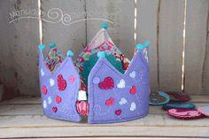 Corona de cumpleaños reversible de Menudos Remolinos