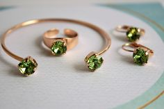Swarovski Crystal Rings, Crystal Jewelry, Crystal Earrings, Beautiful Promise Rings, Birthstone Jewelry, Minimalist Jewelry, Solitaire Ring, Bridal Accessories, Wedding Jewelry