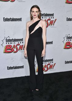 ☆Danielle Panabaker: Entertainment Weekly Party at 2017 Comic-Con -02 - Posted on July 24, 2017