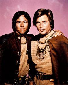 Cpt. Apollo (Richard Hatch) & Lt. Starbuck (Dirk Benedict) - Battlestar Galactica (1978-79)