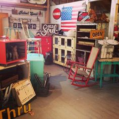 painted, chippy/distressed, junkin,vintage, flea market furniture booth @ the prairie sisters show