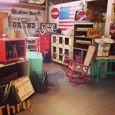 painted chippy distressed junkin flea market vintage