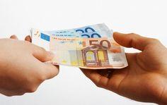 Nízke úroky nahrávajú dlžníkom a kto komu bude platiť za sex (Uplynulých 14 dní vo financiách očami komentátora)