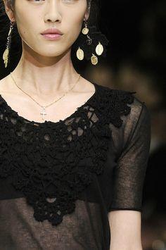 girlannachronism:  Dolce  Gabbana spring 2011 rtw details